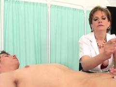 Unfaithful uk milf lady sonia presents her big tits9191sPc