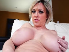 Blonde milf masturbating...